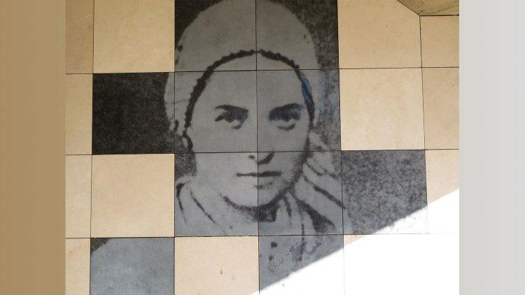 Câu chuyện ơn gọi kép – bác sĩ và nữ tu – của sơ Maria Chiara Maestrini