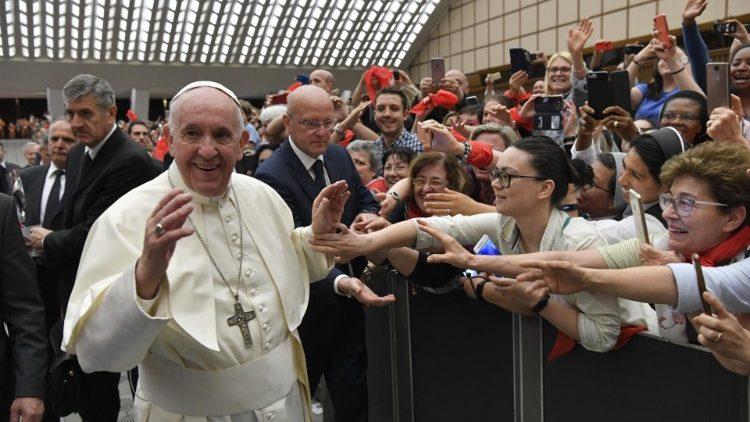 Vatican giới hạn thời gian của các lãnh đạo của các hiệp hội giáo dân quốc tế